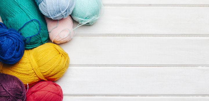 Consejos para seleccionar el mejor hilo para coser tus marquillas para ropa