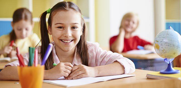 11 tipos de etiquetas para cuadernos escolares totalmente personalizables que debes usar