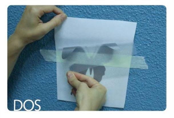 Paso 2 instalar papel adhesivo